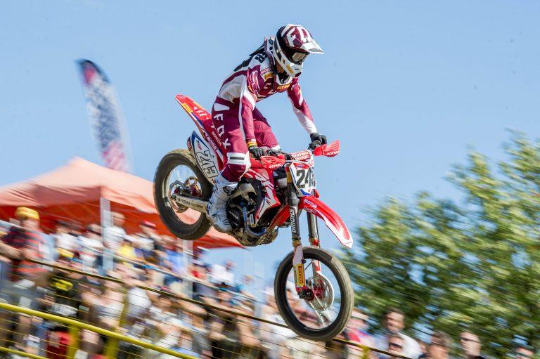 Tim displays return to form in Czech qualifying race | MXGP
