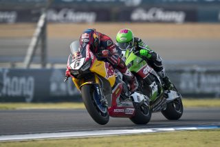 02_Buriram_WorldSBK_2017_Race 1_Bradl_GB45330
