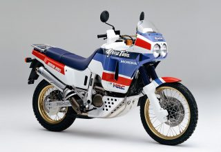 1988-XRV650_Africa_Twin-RD03
