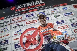 x-trial20_r1_podium_0109_ps