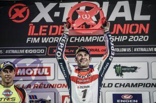 x-trial20_r1_podium_0874_ps