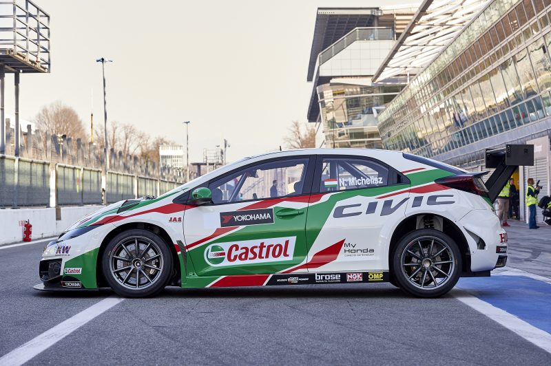 castrol honda world touring car team unveils 2017 civic. Black Bedroom Furniture Sets. Home Design Ideas